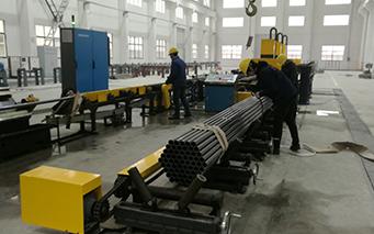 Steel pipe palletizer